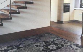 פרויקט בית פרטי עם מדרגות צפות